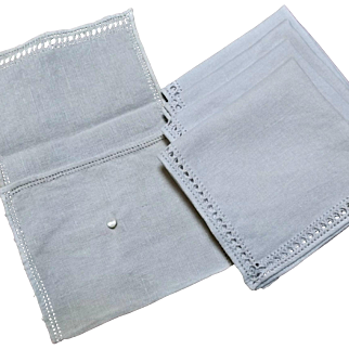 Four Vintage Linen Napkins Coasters with Pouch Holder Mother of Pearl Button