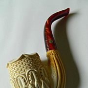Fabulous hand carved Meerschaum pipe- Signed