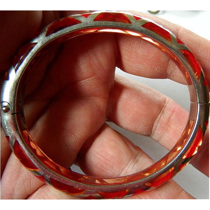 Gorgeous bangle bracelet- Silver