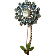 Sparkling flower -Pin