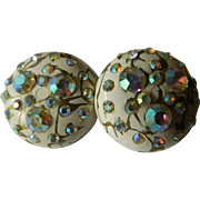 Sparkling 1950's clip on Earrings