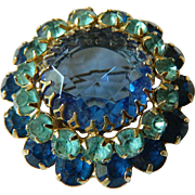 Gorgeous-Glass stones Pin