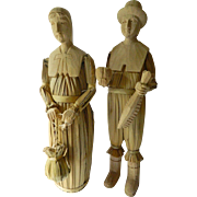 Hand carved-Thanksgiving Pilgrim couple