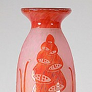 "Le Verre Francais ""Digitale"" Cameo Vase by Schneider"