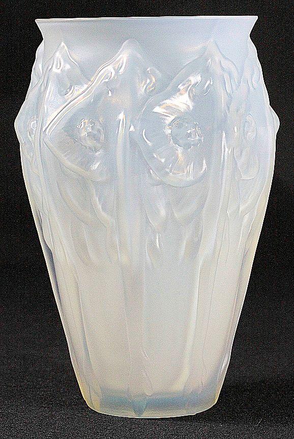 Sabino Opalescent Manta Ray Vase
