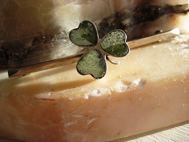 Vintage Irish Brooch in Silver with Shamrock