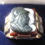 Vintage 10k Man's Gold Ring w/ Sardonyx Two-Warrior Heads Size 10