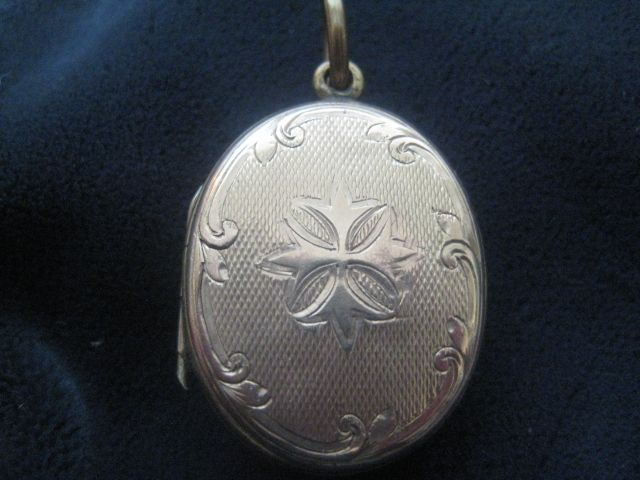 Beautifully Engraved Vintage Rose Gold Filled Locket