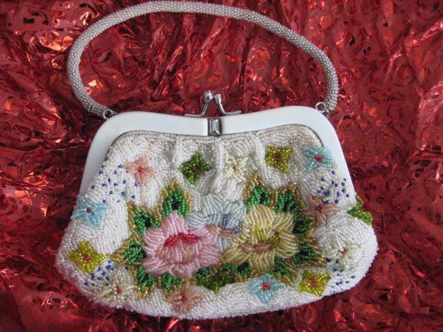 Heavily Pearl-Beaded Vintage Purse with Pearl-Beaded Handle