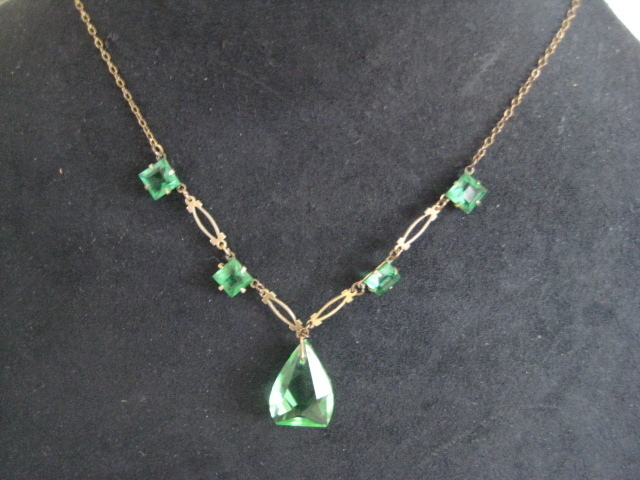 Pretty Art Deco Green Cut Glass Necklace Set in Gold Fill