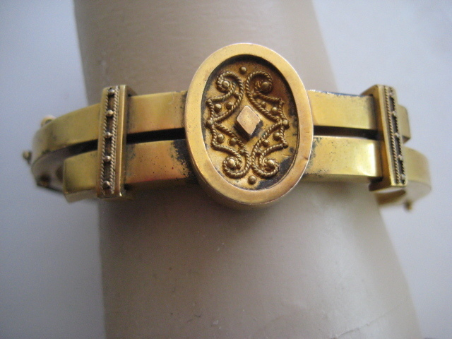 Victorian Gold Filled Bangle - Hinged