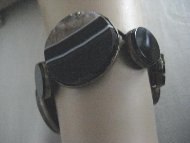 SALE: Scottish Victorian Black Banded Agate Bracelet (only) Elastic