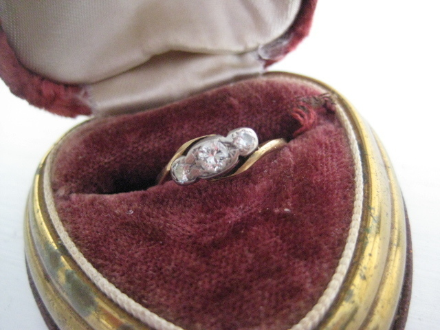 Vintage 18ct Diamond Ring, Size 7.5