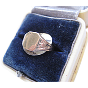 Vintage 9ct Gold Signet Ring, Size 2.75