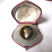 Georgian 18k Gold and Onyx brooch w/Pearls in Original Box