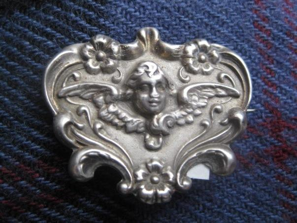 Darling Older Brooch with Angel and Forget-me-Knots
