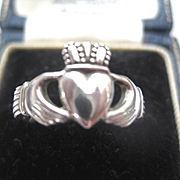 Pretty traditional Irish silver Claddagh Ring - Made in Ireland, Size 5.5