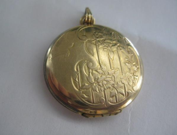 Pretty Vintage Gold Filled Locket