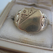 Large Face Man's English Vintage Signet Ring, Size 10.5