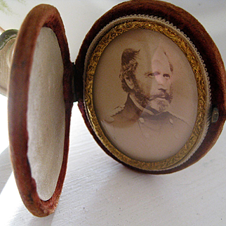 Exquisite Velvet Photograph Holder with Civil War Picture.