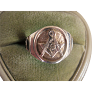 Vintage 10k Gold Masonic Ring, Size 9.75