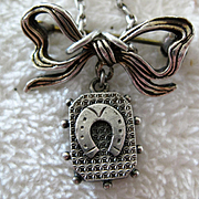 Adorable Antique Bow Brooch/Necklace