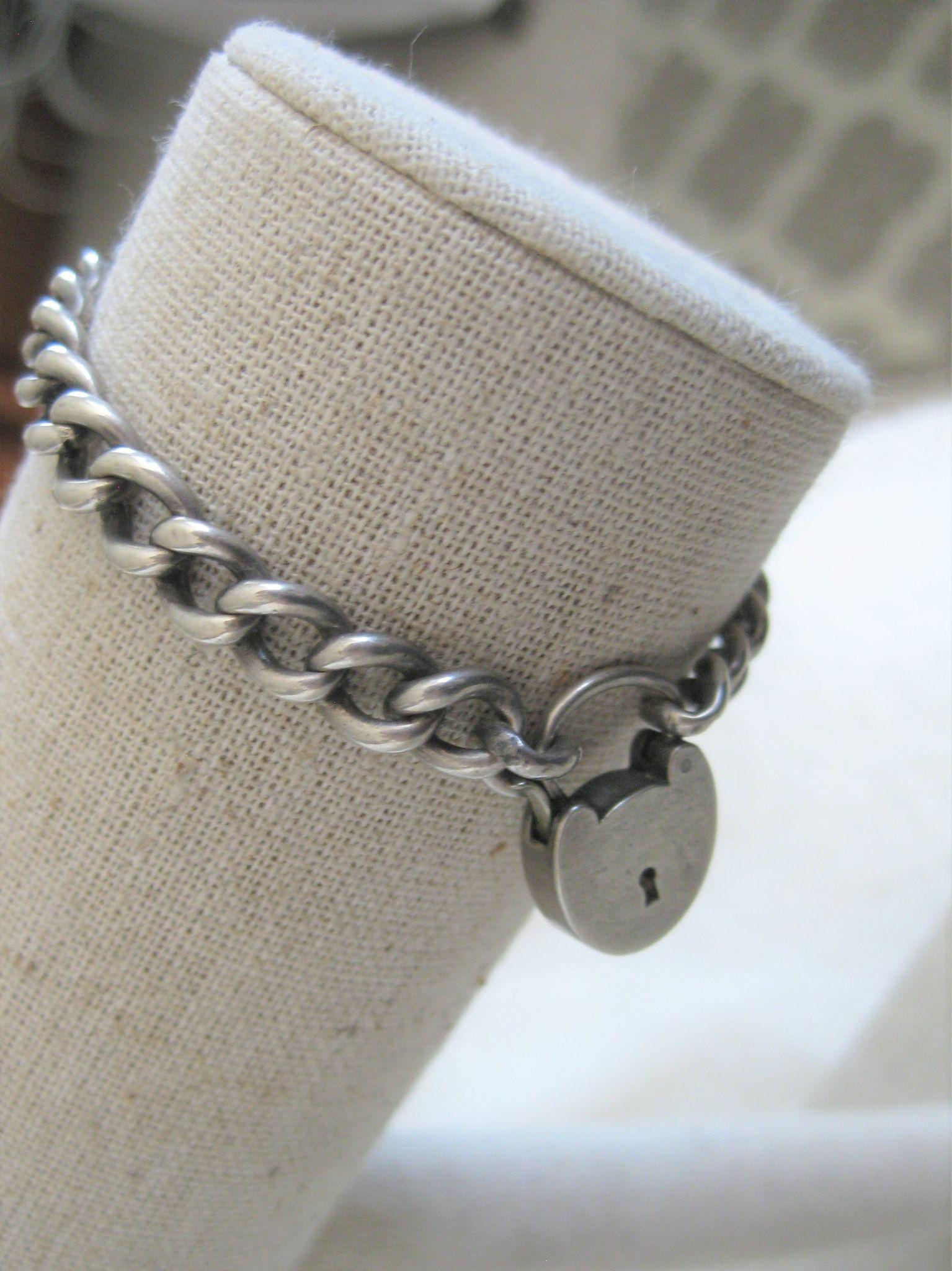 Early 1900s English Silver Bracelet with Heart Closure
