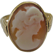 Pretty Vintage English 9ct Gold Cameo Ring Size 9