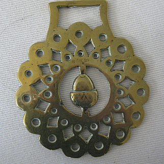 Victorian Horse Brass w/Acorn - Original.
