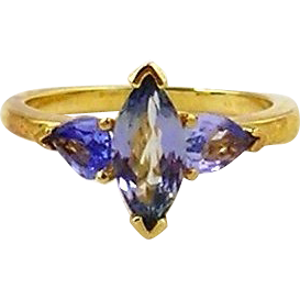 Tanzanite Ladies  Ring 14kt Yellow Gold