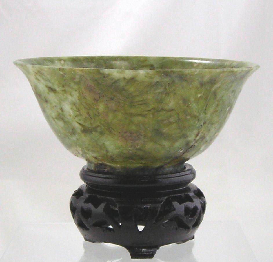 Vintage Chinese Oriental Green Serpentine Bowl w/Stand