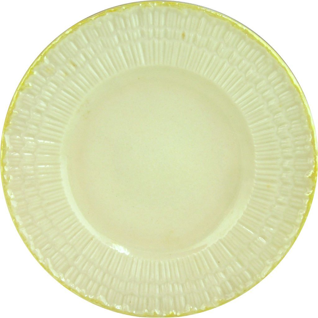 Irish Belleek Plate 'Limpet-Yellow' -3rd Green Mark