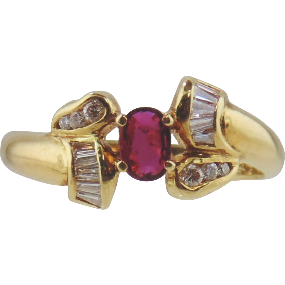 Ruby & Diamond Ladies Ring 18kt