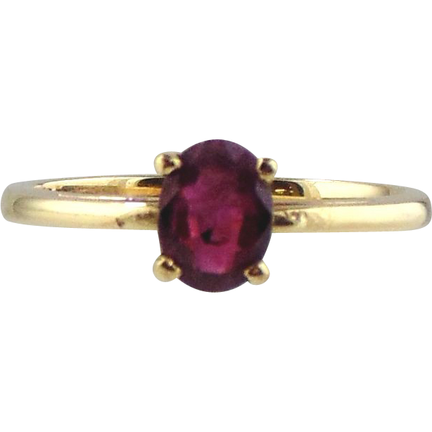 14kt Yellow Gold Solitaire Ring - Ruby
