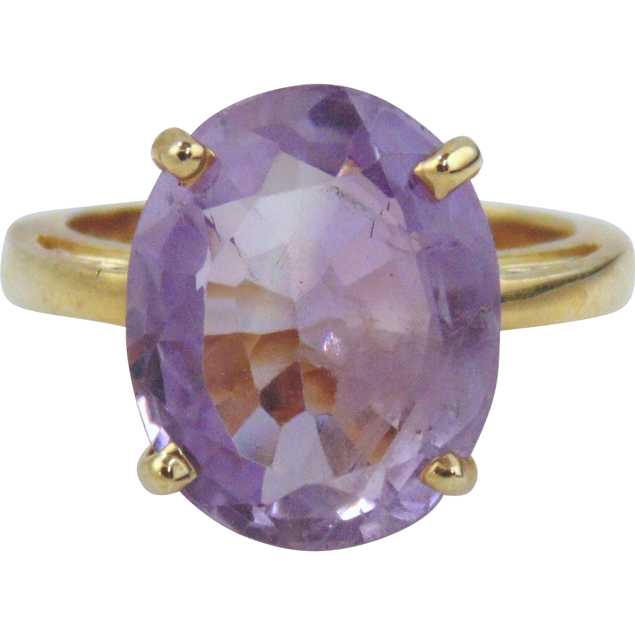 Amethyst Ring 14kt Yellow Gold