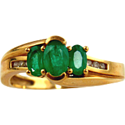Emerald & Diamond Ring 14kt Yellow Gold