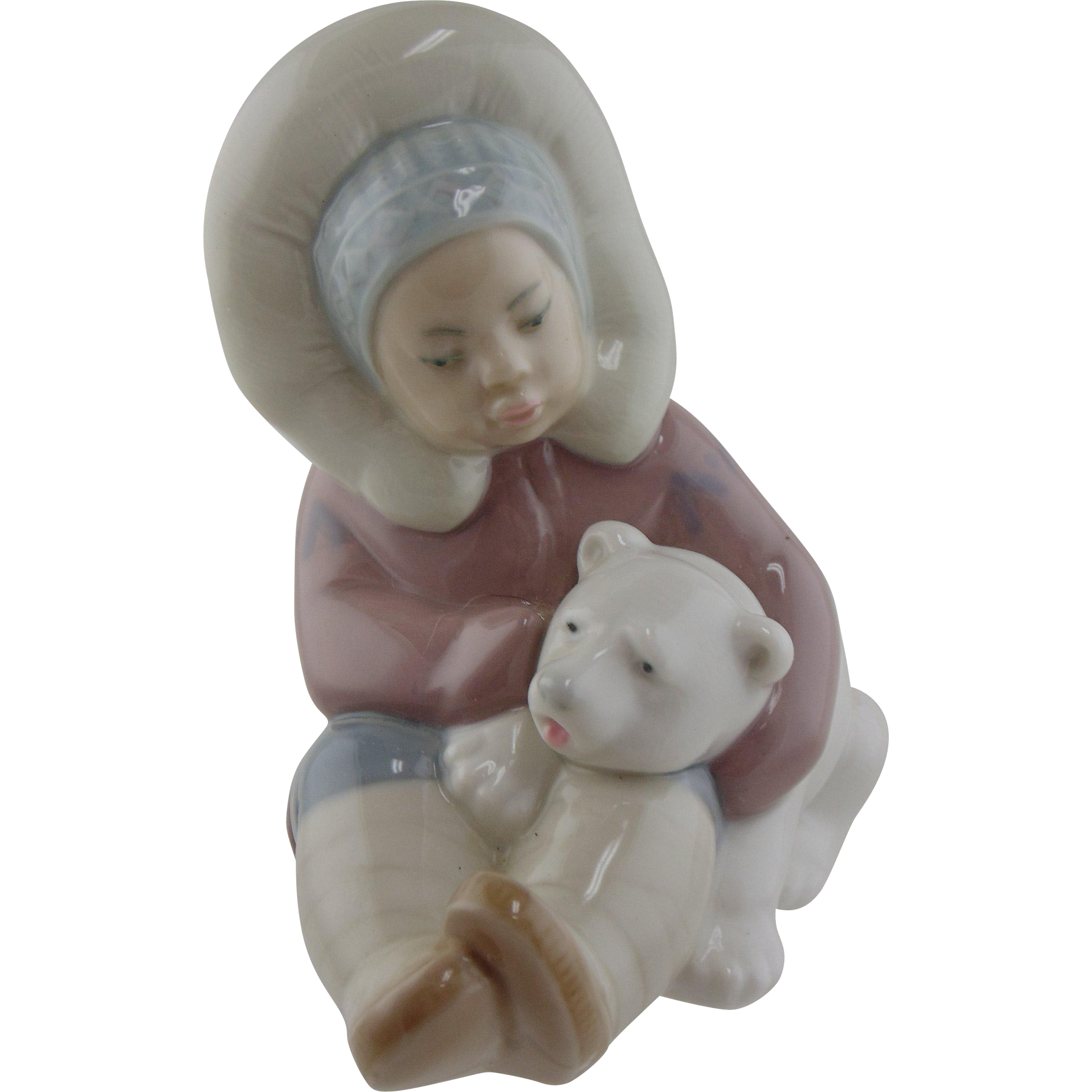 Lladro Figurine - Eskimo Child with A Polar Bear #1195