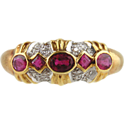 18kt Yellow Gold Diamond and Ruby Ring - Size 7