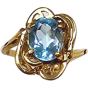 Blue Topaz Ring 14kt Yellow Gold, Size 5