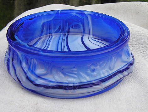 Large Blue Slag Frog Master Open Salt Dish or Nut Dish