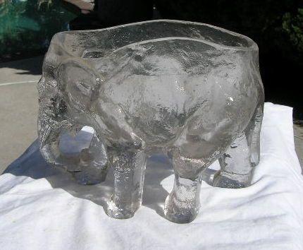 Elephant Flower Bowl Fenton Glass 1929