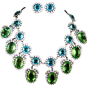 KJL KENNETH J. LANE 'Treasures of the Duchess' Aqua, Peridot, and Diamante Crystals Bib Necklace and Clip Earrings in Original Case