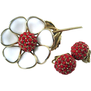 White Milkglass Poured Glass and Red Stones Flower Pin and Clip Earrings Set