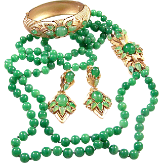TRIFARI 'Alfred Philippe' 'Jewels of India' Double Strand Simulated Jade/Chrysophase Necklace, Clamper Bracelet, and Clip Pendant Earrings Set