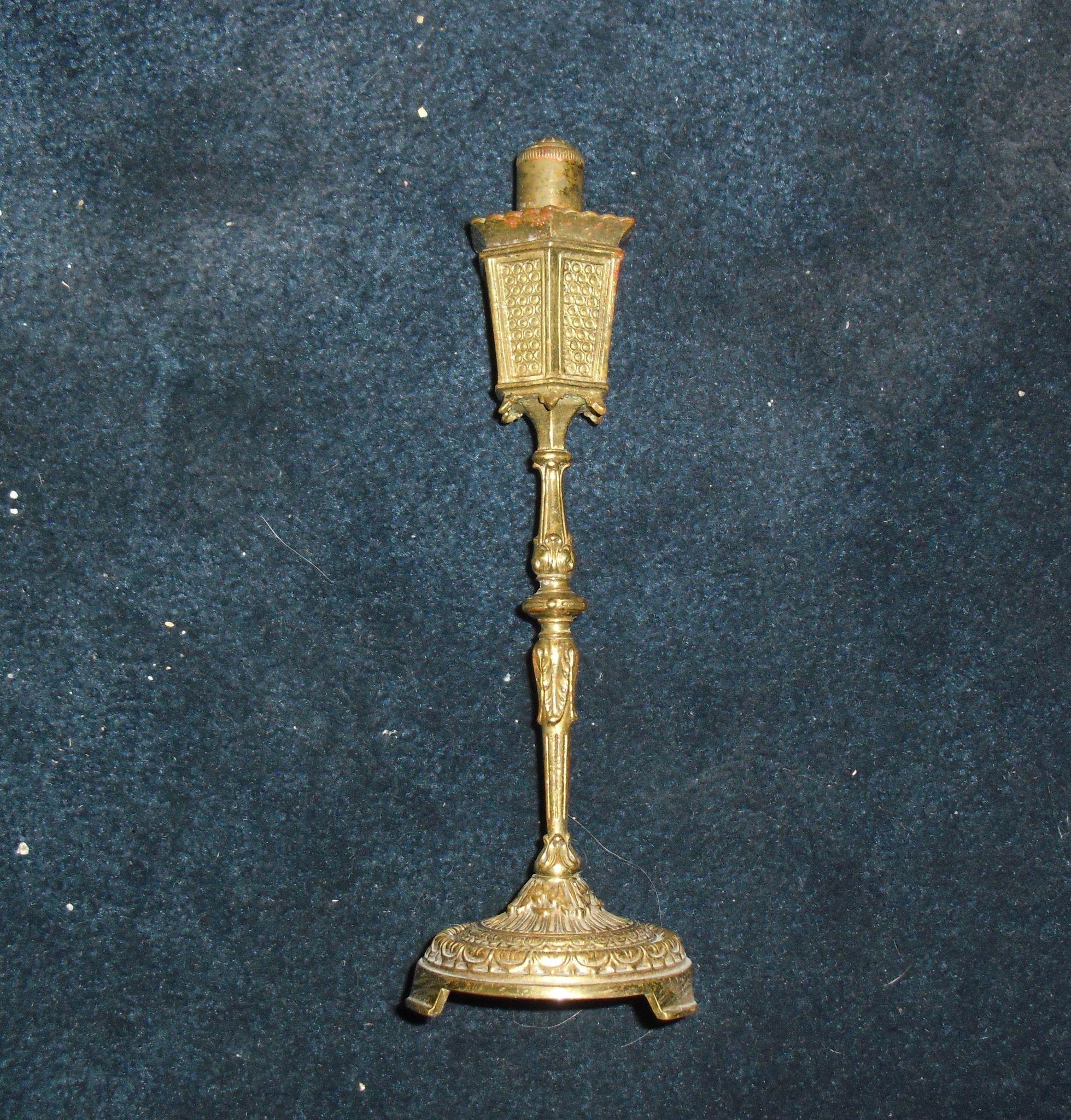 Cast Brass Street Lamp Cigarette Lighter