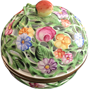 HEREND Openwork Round Box / Bonbonniere - Strawberry Finial