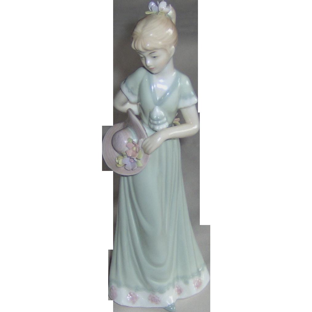 Garden Party Figurine - House of Lloyd