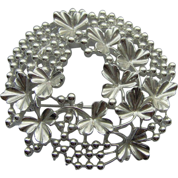 Silver-tone Wreath Brooch by Coro