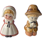 Vintage Thanksgiving Pilgrim salt and pepper shakers