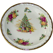 Vintage Old Country Roses Christmas Magic Dish by Royal Albert